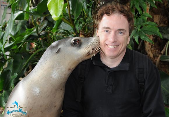 Coffs Pet Porpoise Pool Seal Kiss