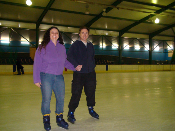 Greg & Leanne Annett Ice Skating, Coffs Harbour Big Banana Rink